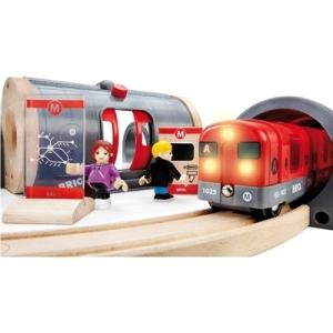 Brio Metro Railway Set 3
